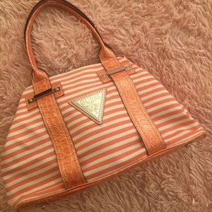 🧡Guess Striped Vintage Summer Purse🧡